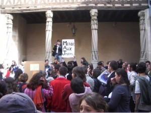 Merde aux Jeunes (photo Jules Aimé)
