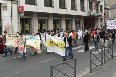 Manifestation pour l'éducation (le 21 avril 2006)